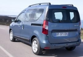 Dacia Dokker privită din spate
