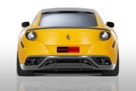 Ferrari FF privită din spate