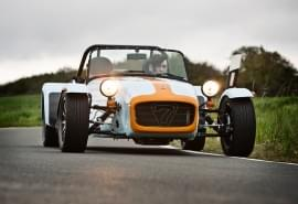 Caterham Seven Roadsport 175 SV este o copie Lotus Seven.