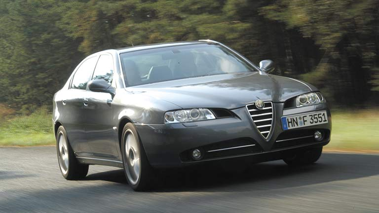Alfa Romeo 166 vedere din exterior