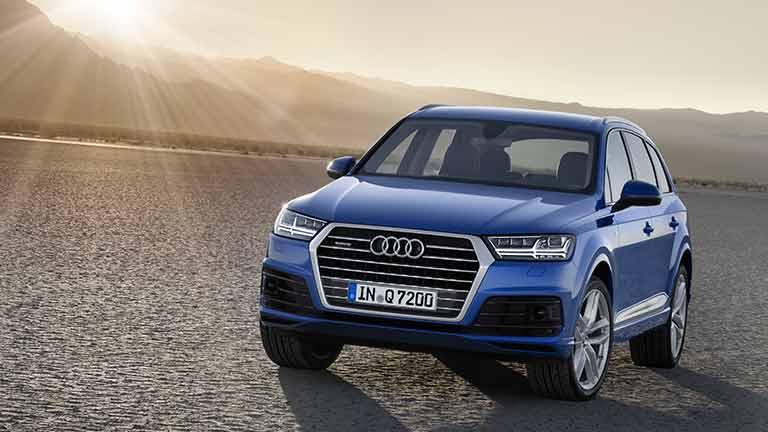 Audi Q7 privit din fata