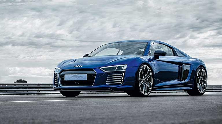 Audi R8 privit din fata