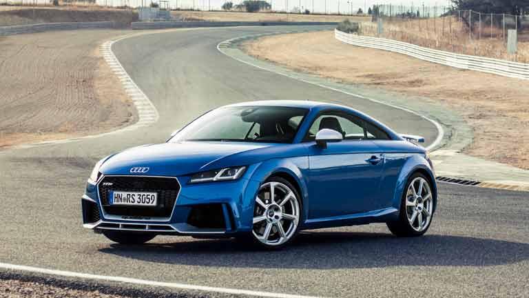 Audi TT vedere din fata