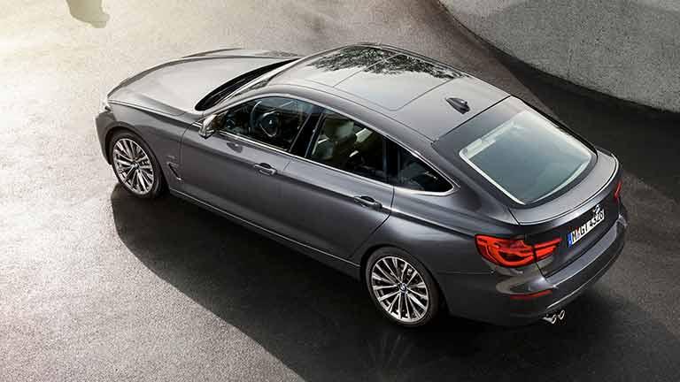 BMW Seria 3 privit de sus