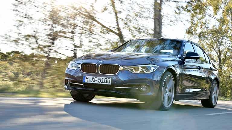 BMW Seria 3 vedere din fata