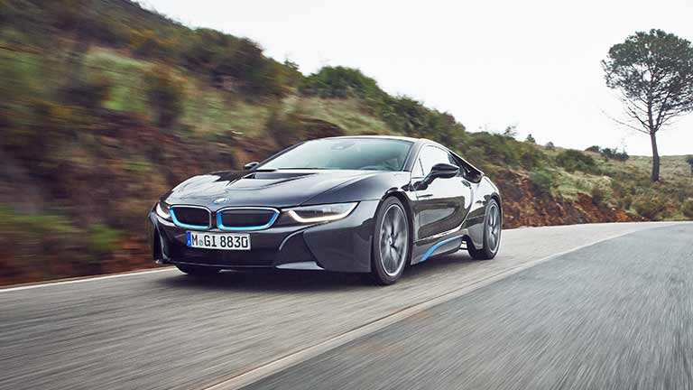 BMW i8 privit din fata