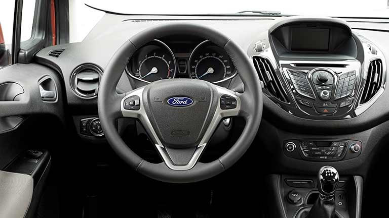 interior Ford Courier