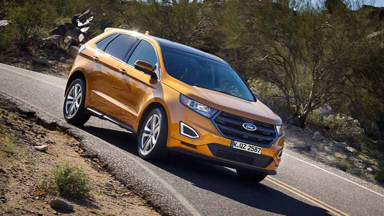 Ford Edge privit din lateral