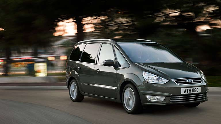 Ford Galaxy vedere din lateral