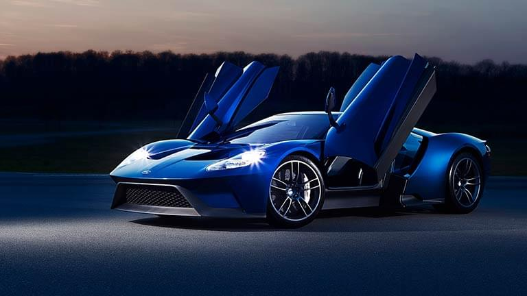 Ford GT vedere din lateral