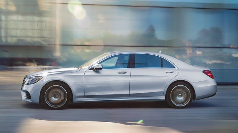 Mercedes S Class vedere din lateral