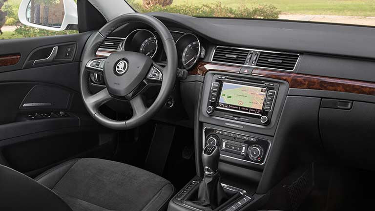 Interior Skoda Superb sedan