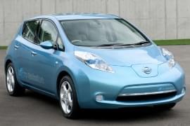 Nissan Leaf din față
