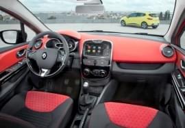 Interiorul Renault Clio