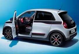 Renault Twingo cu uşa deschisă