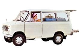 Suzuki Carry Van privit din lateral