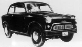 Suzuki Suzulight văzut din faţă