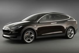 Tesla Model X privită din faţă