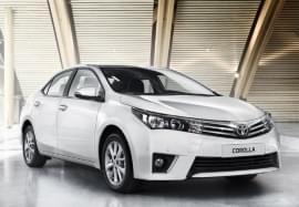 Toyota Corolla privită din faţă